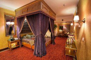 اتاق هانی مون هتل بین المللی قصر