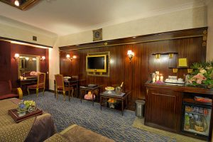 اتاق 2 تخته هتل بین المللی قصر مشهد