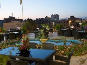 رستوران سنتی بارگاه هتل قصر طلایی
