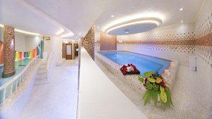 جکوزی هتل بین المللی قصر الماس
