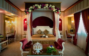 اتاق دبل رویال لاکچری هتل قصر الماس مشهد