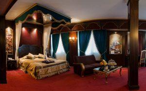 نمای اتاق قاجاریه هتل قصر الماس مشهد