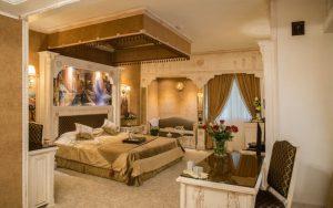 اتاق هخامنش هتل قصر الماس مشهد