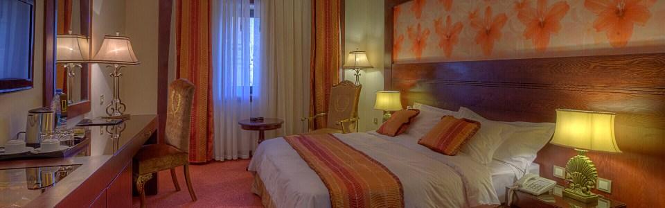 اتاق چهار تخته هتل درویشی مشهد