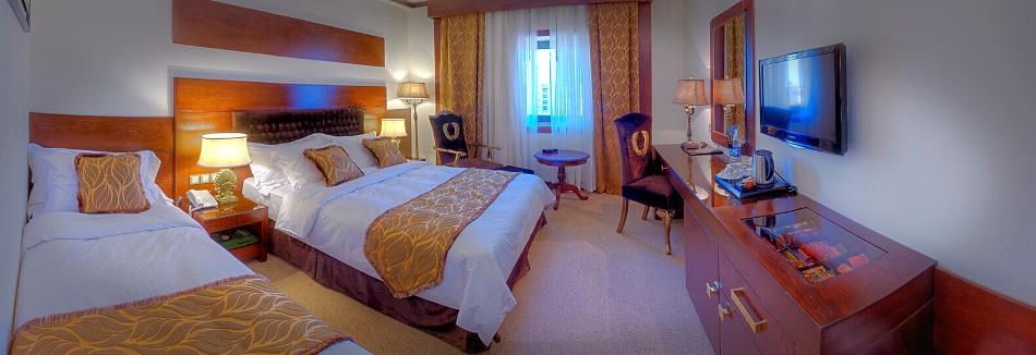 اتاق سه تخته هتل درویشی مشهد