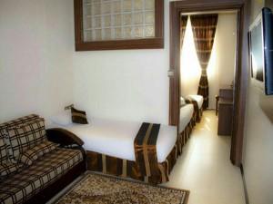 اتاق هتل هانی پارس مشهد