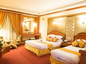 room-suite-02