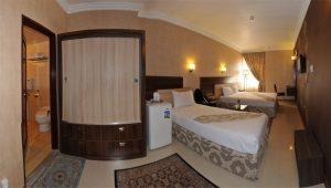نمای اتاق 3 تخته هتل منجی مشهد