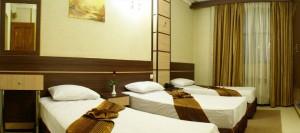 اتاق هتل ابریشم مشهد