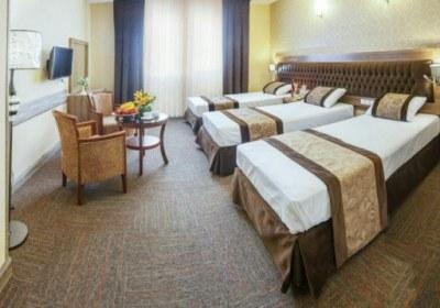 اتاق تریپل هتل ایران زمین مشهد