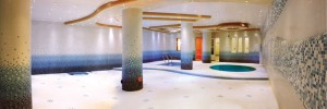استخر هتل منجی مشهد