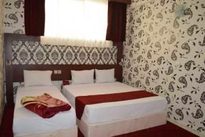 اتاق هتل آراد مشهد