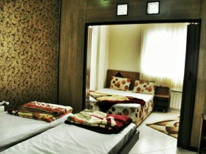 اتاق هتل آپارتمان اوستا مشهد