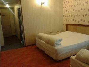 اتاق هتل حافظ مشهد