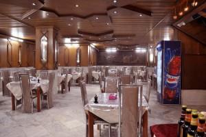 رستوران هتل هرند مشهد