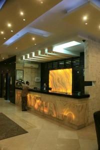 لابی هتل ایساتیس مشهد