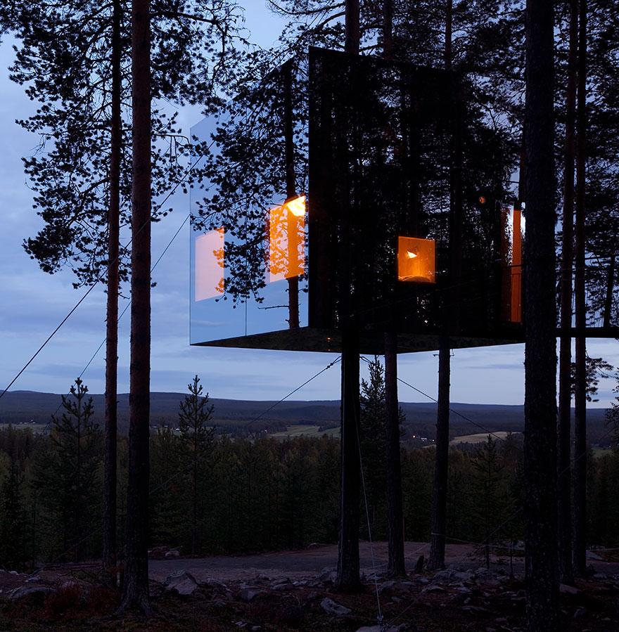 هتل درختی