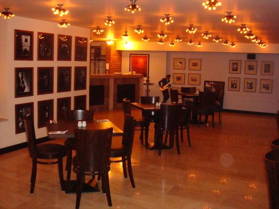 رستوران فلینی