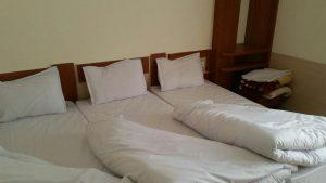 اتاق هتل آپارتمان اخوان مشهد