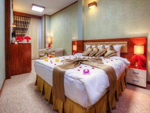 تور مشهد زمینی هتل حلما