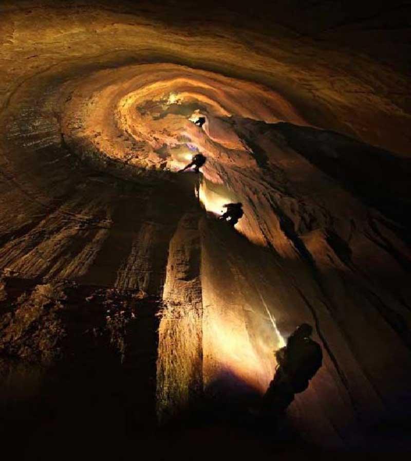 غار پرآو کرمانشاه