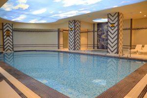 استخر هتل سارینا مشهد