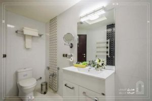 عکس سرویس بهداشتی هتل حیات شرق مشهد