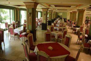 رستوران آپادانا هتل داریوش کیش