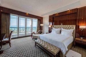 اتاق لوکس رو به دریا هتل داریوش کیش