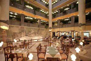 رستوران پاسارگاد هتل داریوش کیش