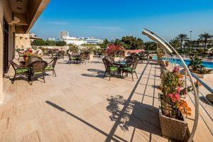 محوطه هتل شایان کیش