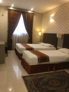 اتاق 3تخته هتل دیبا مشهد