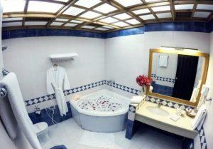 حمام هتل صدف کیش