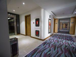 راهرو اتاق ها هتل بین المللی کیش