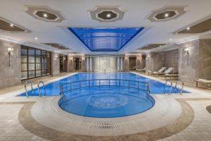 استخر هتل الیت ورد استانبول