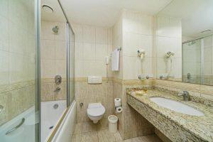 سرویس حمام و دسشویی هتل گرند اوزتانیک