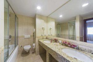 سرویس حمام و دسشوییئ هتل گرند اوزتانیک