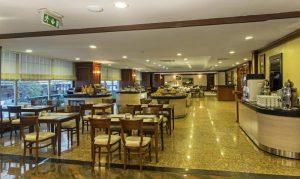 رستوران هتل گرند اوزتانیک