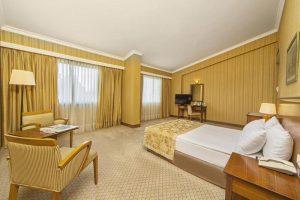 اتاق سینگل هتل گرند اوزتانیک