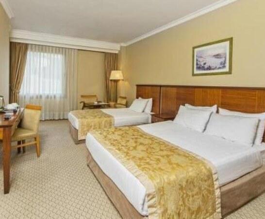 تور استانبول هتل گرند اوزتانیک