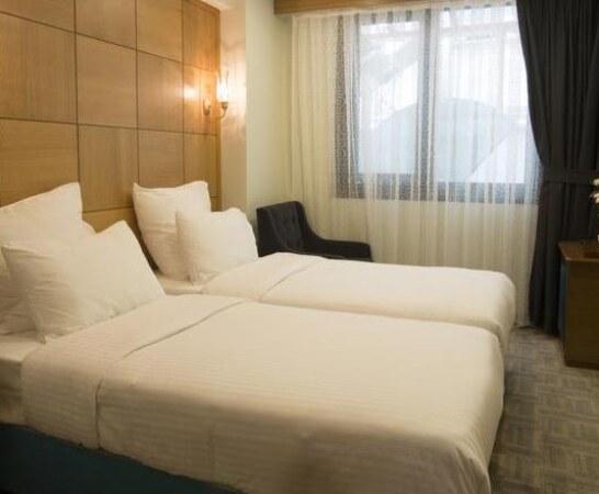 تور استانبول هتل جومبالی پلازا