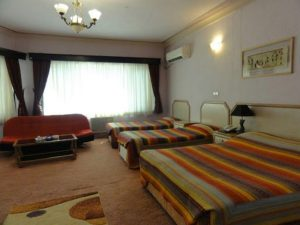 اتاق 4 تخته هتل آریان کیش