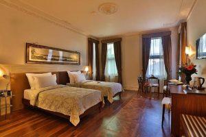 اتاق های هتل تکسیم لانژ
