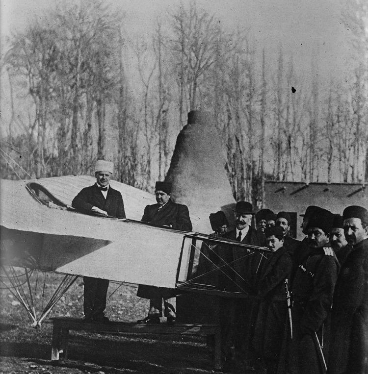 اولین هواپیما ایران